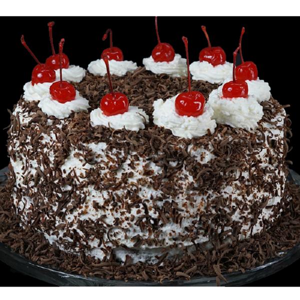 Fondant-Fountain-Black-Forest-Cake